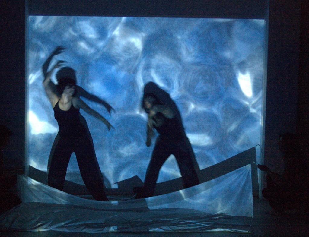 """Danzaterapia Performance Genesi """"Le Baccanti"""" - Acqua - dimmicomedanzi.it"""
