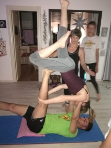 AcroYoga www.dimmicomedanzi.it 12